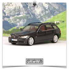 Minichamps 1/43 - Bmw 330 Touring 2006 noir métallisé