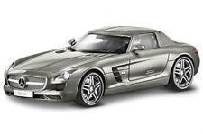 1:18 Minichamps Mercedes SLS AMG Coupe R197  Monza Grau Magno Dealer #B66960078