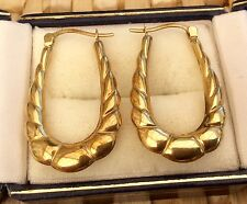 Lovely Ladies Hallmarked Vintage 9ct Gold Earrings