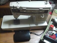 SINGER STYLIST 834 SEWING MACHINE AND EXTRAS