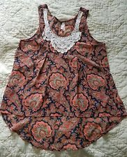 Live 4 Truth ladies top size Large