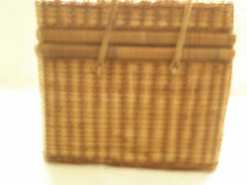 Nice Vintage Woven Straw Picnic Basket Red/White Gingham