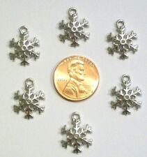CHRISTMAS SNOWFLAKE CHARMS-LOT OF 10-TIBETAN SILVERTONE ALLOY-18 MM X13 MM