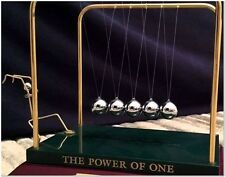 NEW 24kt NEWTONS CRADLE PENDULUM WAVE DESK DECORE GOLD PLATED POWER OF ONE NIB!!