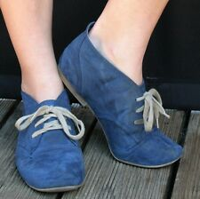 Blue Faux Suede ANKLE BOOTS EU41 UK7 BEIGE LACES Flat Shoes Fabric Lined