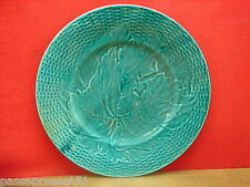 Jolie ancienne assiette décor feuille verte