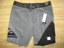 "NEW* QUIKSILVER 36 BOARDSHORTS SHORTS SWIMSUIT 19"" Grey New Wave High $150 RV"