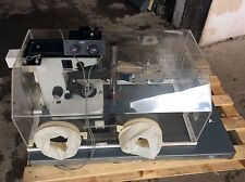 Leitz Mikroskop Fluovert FS im Isolator Inverted Fluorescence microscope