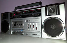 SOUNDESIGN VINTAGE BOOMBOX 4649 PORTABLE STEREO CASSETTE RADIO OLD-SCHOOL 1985
