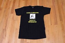 AMERICAN APPAREL SCHOOL IS IMPORTANT BUT HOCKEY IS IMPORTANTER TEE SIZE M NEW