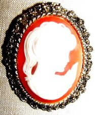 VINTAGE GOLD TONE CAMEO PIN BROOCH