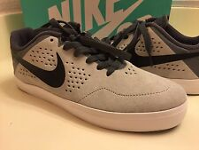 Boys Nike Gray Shoes size 6Y new