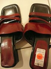 DESIGNER SACCO ITALIAN LEATHER SANDALS MAROON SIZE 8 NEW