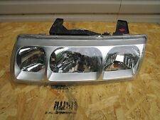 02 03 04 SATURN VUE FRONT LEFT HEADLIGHT OEM