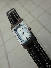 MONTRE FEMININE MUDD-MD1150,ANCIEN MODEL VERTICAL DES ANNES 80,TB conservation