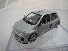 Universal Hobbies Renault Clio V6 (Trophy) 1:43