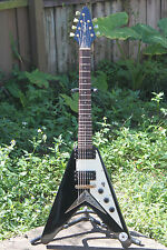 Epiphone Korina 7-String Flying V Black W/ Gold Hardware and Gibson gig bag