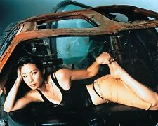 Lucy Liu Unsigned 8x10 Photo (56)