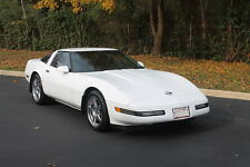 Chevrolet : Corvette 2dr Coupe Ha