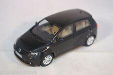MINICHAMPS VW VOLKSWAGEN GOLF 2005 METALLIC BLACK MINT CONDITION