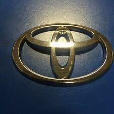 02 Toyota Prius Hybrid Hood Emblem Badge (731)