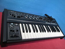 Roland SH-2 SH2 Vintage Monophonic Analog Synthesizer Good condition Used