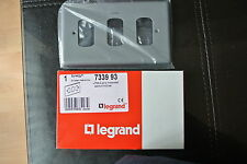 legrand Synergy 7339 93 Grid Plate 2 Gang 3 separated apertures Metal clad Grey