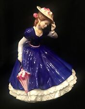 Royal Doulton 1992 Figure of the Year MARY HN 3375