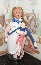 Byers Choice Caroler Williamsburg Girl with a Rag Doll 2001 *