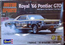 1966 Pontiac GTO Royal Bobcat mit Figur, 1:25, Revell 4037