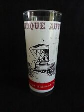 ANTIQUE AUTOS Tumbler Drinking Glass 1990 OLDSMOBILE Car White Red