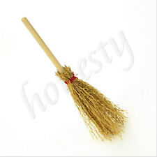 1:12 Wooden Broom Wicca Witch Kitchen Garden Miniature Doll House Accessory Gift