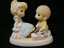 zq Precious Moments-Disney-Cinderella/Prince Charming/Glass Slippers-Perfect Fit