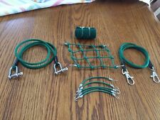 GREEN Scale Roof Cargo Net,Tow Ropes,6 Bungee Cords, Sleeping Bag, Axial Bomber