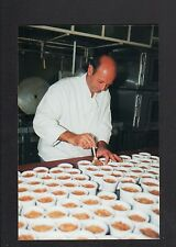 BLOIS (41) ARTISAN CHARCUTIER-CUISINIER à la préparation des RILLETTES en 1998