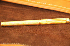 Sheaffer Targa Fountain Pen - Rare Gold Plated Spiral version - solid gold nib