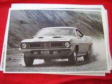 1972  PLYMOUTH BARRACUDA   11 X 17  PHOTO /  PICTURE