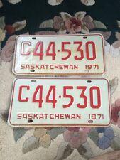 VINTAGE  Saskatchewan 1971CAR PLATE   #c44-530 EXCELLENT CONDITION 2plates