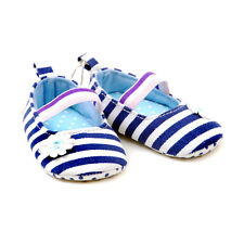 New Baby Girl Nay & White crib shoes 0 - 6 Months
