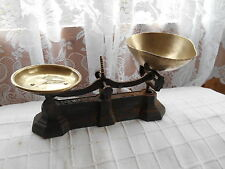 VICTORIAN ANTIQUE  W. BEAVON  IRON 2LB SWEET SCALE BASE and brass pans