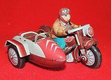 Jouet en tole sérigraphiée. MOTO avec SIDECAR rouge. MS 450. 15 x 11 cm - Neuf
