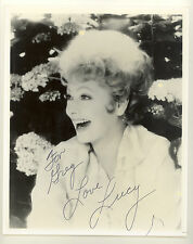 LUCILLE BALL LUCY AUTOGRAPHED SIGNED 8X10 PHOTO (P)