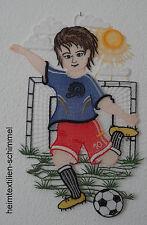 PLAUENER SPITZE ® Fensterbild FUSSBALLER Fensterdekoration KINDER Fußball Deko