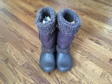 Crocs Nadia Womens Brown Fur Fuzzy Warm Winter Boots - Size 7 - EUC