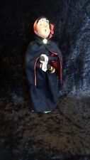 Byers' Choice Ltd. The Carolers Salvation Army Woman 1992 Signed