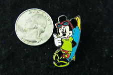 DISNEY PIN 2005 MICKEY MOUSE STANDING BY BLUE SURFBOARD THUMBS UP