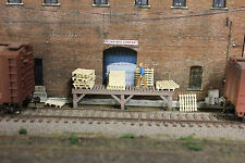 #450 HO scale 12 PAINTED shipping pallets *FREE SHIPPING*