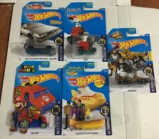 2015 Hot Wheels HW SCREEN TIME COMPLETE SET 5/5 SNOOPY,YELLOW SUB,SUPER MARIO,TH