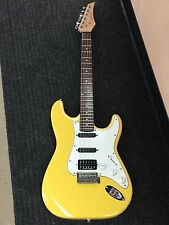 TRADITION STRATOCASTER GUITAR FENDER INTERNATIONAL YELLOW STRAT SEYMOUR DUNCAN