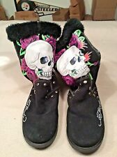 Don Ed Hardy womens faux fur lined boots 8M  skull & roses on black suede
